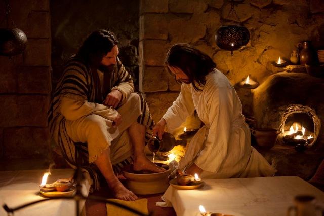 christ-washes-peters-feet-medium